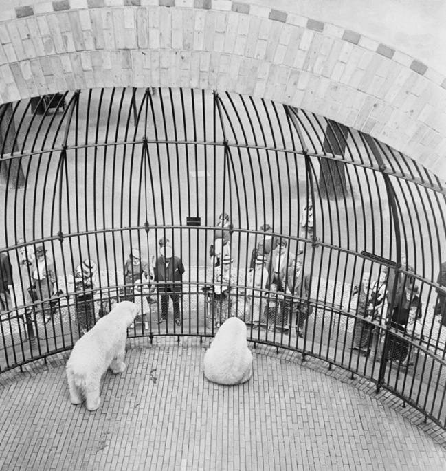 Roman Vishniac. 'People behind bars, Berlin Zoo' Early 1930s (printed 2012)