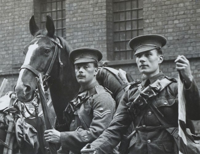 Christina Bloom. 'The 1st Life Guards prepare to leave Hyde Park Barracks and head to war, on 15 August 1914' (detail)