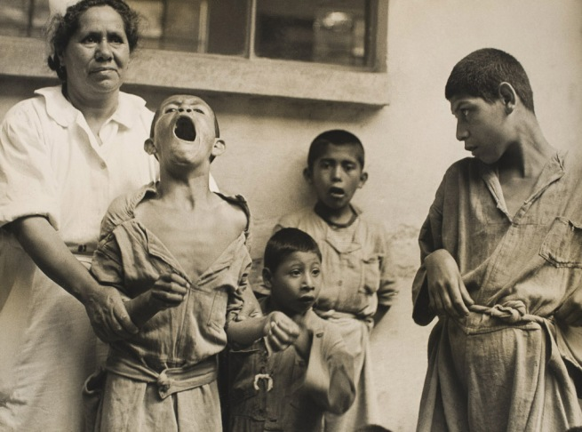 Kati Horna. 'Untitled, La Castañeda psychiatric hospital, Mixcoac' Mexico, 1944