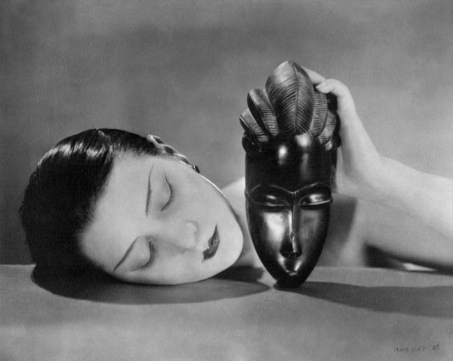 Man Ray (1890–1976) 'Schwarz und Weiß' 1926