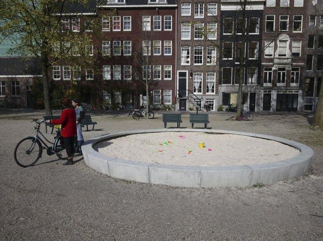 Marcos L. Rosa. 'Revisitando los playgrounds de Aldo van Eyck' 1974/2011