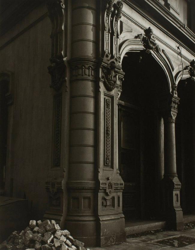 Minor White. 'Dodd Building, Portland, Oregon' c. 1939