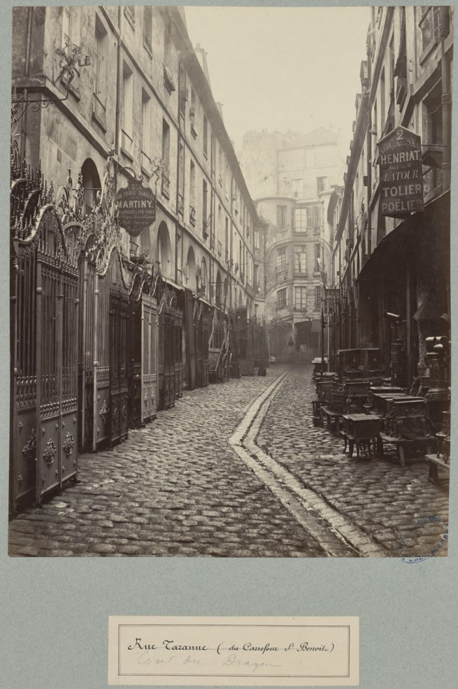 Charles Marville. 'Cour du Dragon' c. 1863-1869