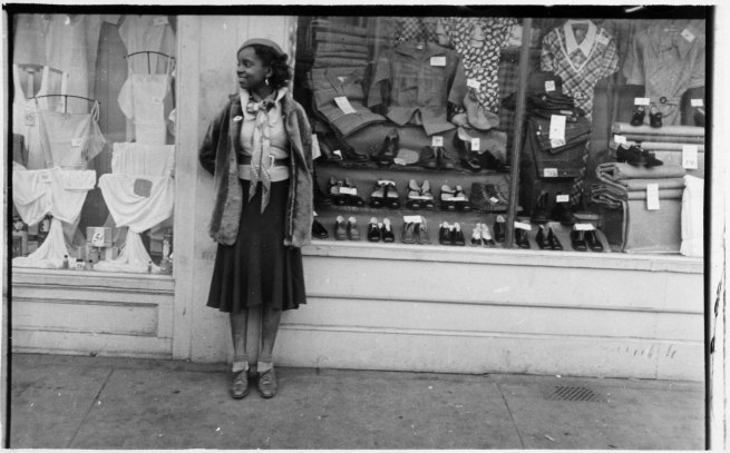 Walker Evans. 'Young Women Outside Clothing Store' 1934-35