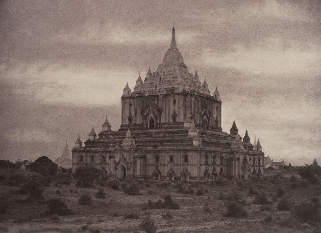 Linnaeus Tripe. 'Pugahm Myo: Thapinyu Pagoda, August 20-24, 1855' 1855