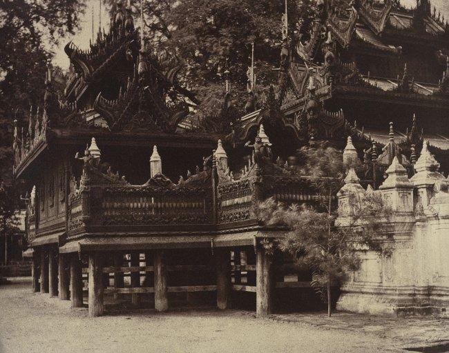 Linnaeus Tripe. 'Amerapoora: Corner of Mygabhoodee-tee Kyoung, September 1 - October 21, 1855' 1855