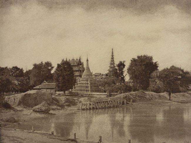 Linnaeus Tripe. 'Amerapoora: Shwe-doung-dyk Pagoda, September 1-October 21, 1855' 1855