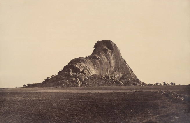 Linnaeus Tripe. 'Between Chittumputty and Teramboor: Elephant Rock, End View, January-February 1858' 1858