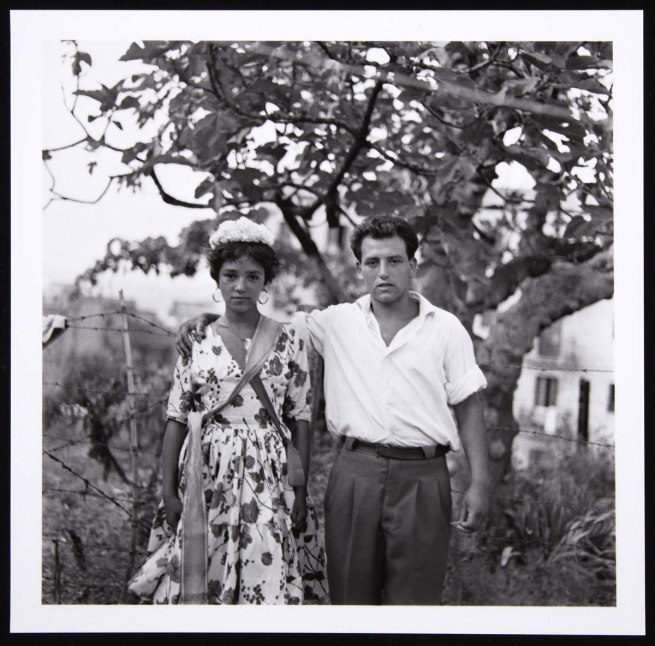 Colita (Isabel Steva Hernández). 'Novios gitanos. Barcelona' (Gypsy Couple. Barcelona) 1962 / Later print, 2011