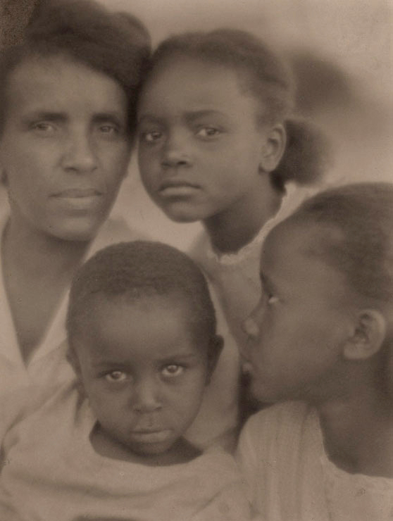 Edith R. Wilson. 'Portrait of a Family' 1922