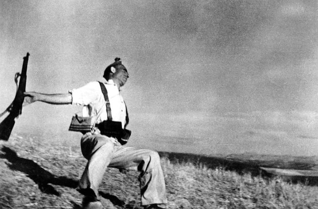 Robert Capa. 'Loyalist Militiaman at the Moment of Death, Cerro Muriano, September 5, 1936' 1936