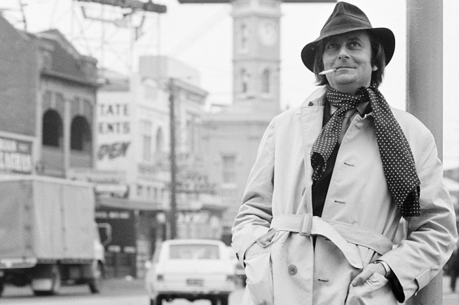 Mark Strizic. 'Barry Humphries in Melbourne' 1969
