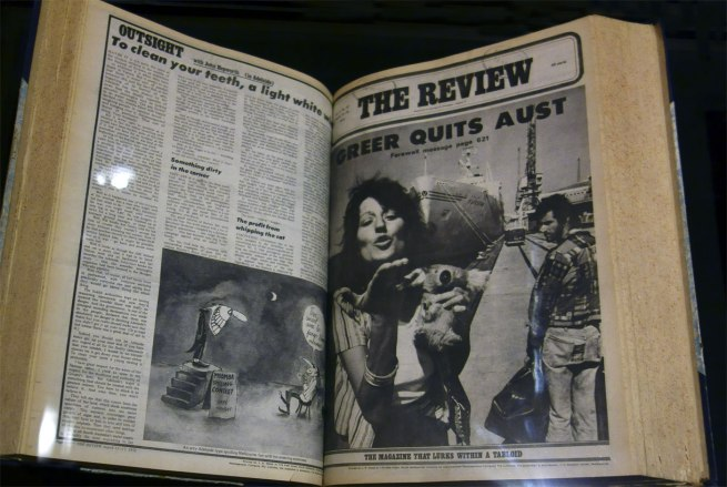 Richard Walsh (editor) 'The Review', Vol. 22, No. 22 Melbourne incorporated Newsagencies Co., March 1972