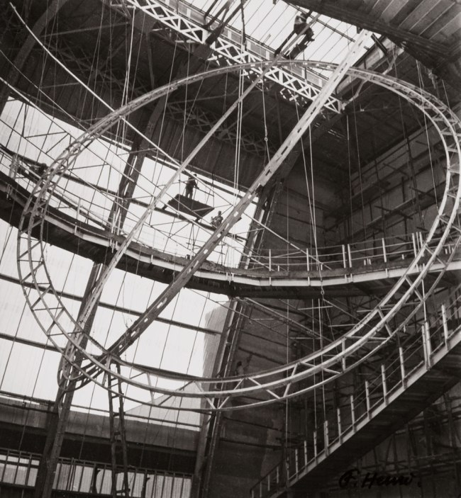 Florence Henri. 'Structure (intérieur du Palais de l'Air, Paris, Exposition Universelle) [Structure (Interior of the Palais de l'Air, Paris, World's Fair)]' 1937