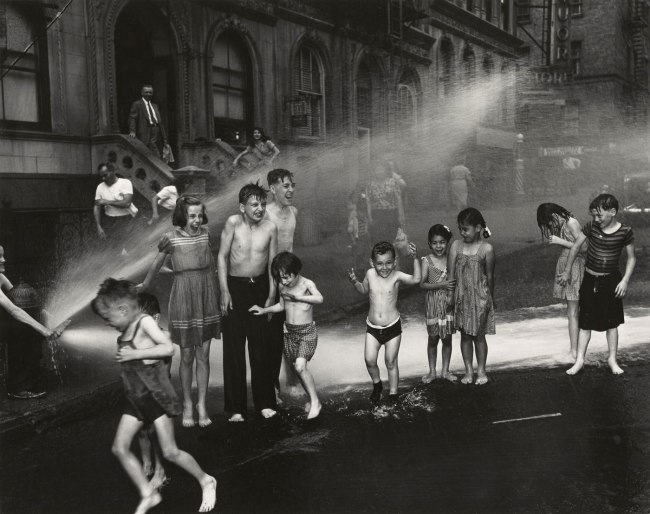 Weegee (Arthur Fellig). '[Summer, The Lower East Side, New York City]' Summer 1937