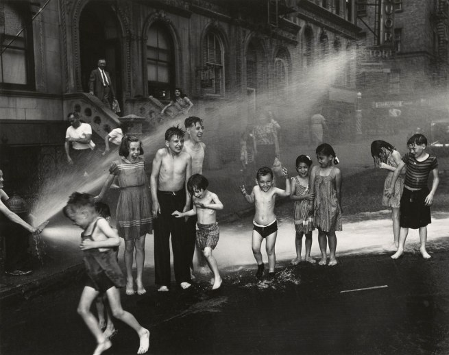 Weegee (Arthur Fellig). '[Summer, The Lower East Side, New York City]' Summer 1937