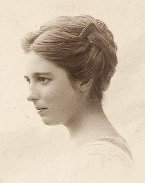 Family archive image of Dorrit Black