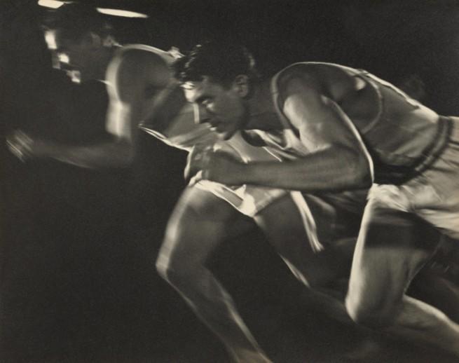 Leni Riefenstahl. 'Nocturnal Start of Decathlon 1,500m Race' (Nächtlicher Start zum 1500-m-Lauf des Zehnkampfes) August 1936