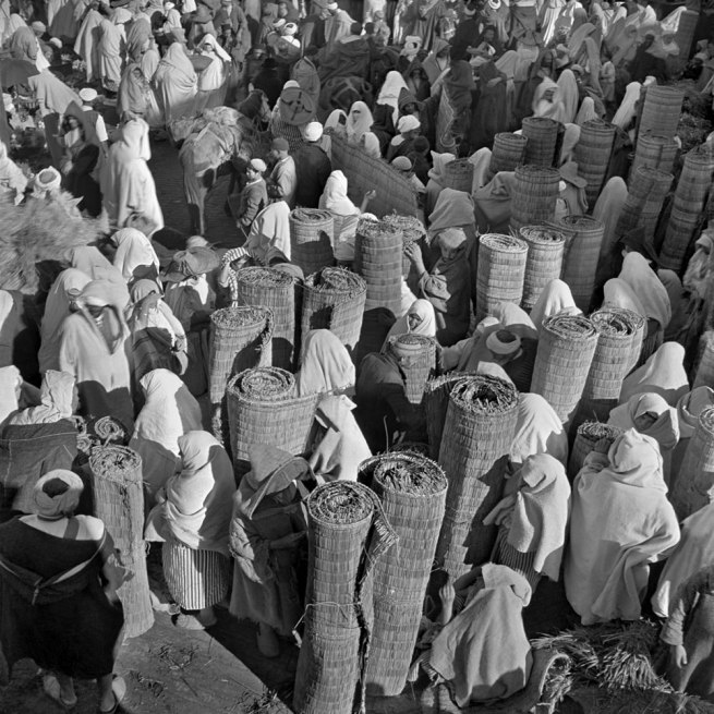 Nicolás Muller. 'Marché de nattes de paille' Tanger, Maroc, 1944