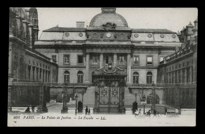 Léon & Lévy. 'Paris - Le Palais de Justice - La Facade' c. 1901-1920