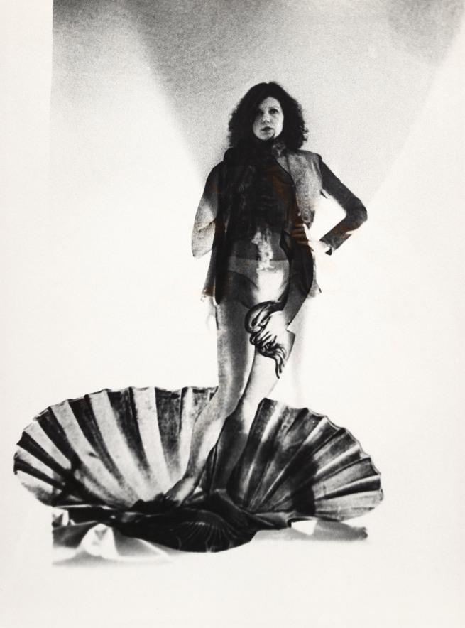 Ulrike Rosenbach (*1943) 'Weiblicher Energieaustausch, Venus' 1975–1976