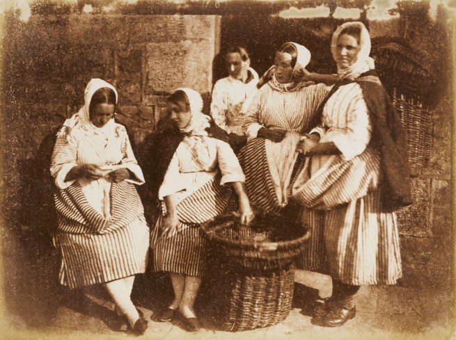 David Hill and Robert Adamson. 'Five Newhaven fisherwomen' c. 1844