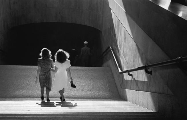 Thomaz Farkas. 'Monumental steps of the gallery Prestes Maia, São Paulo' 1946
