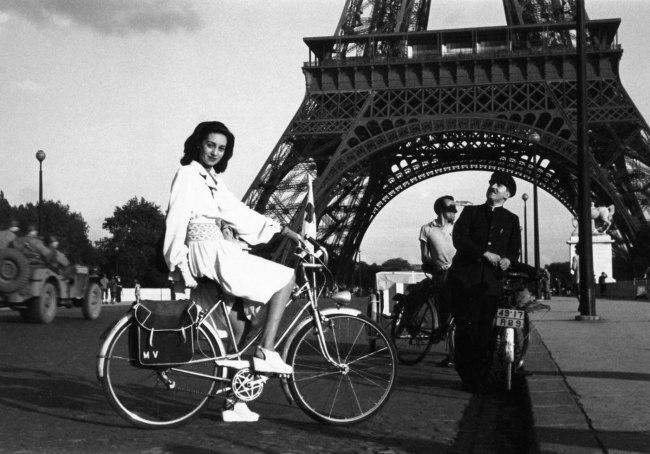 Lee Miller. 'Paris' 1944