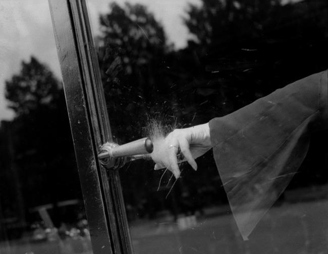 Lee Miller. 'Untitled (Exploding Hand), Paris, France' c. 1930