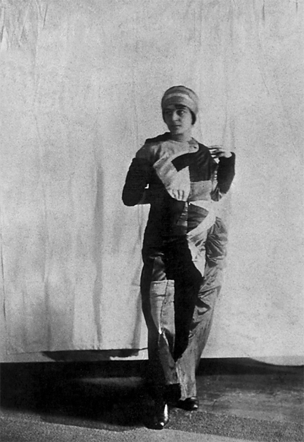 Sonia Delaunay in Simultaneous dress c. 1913