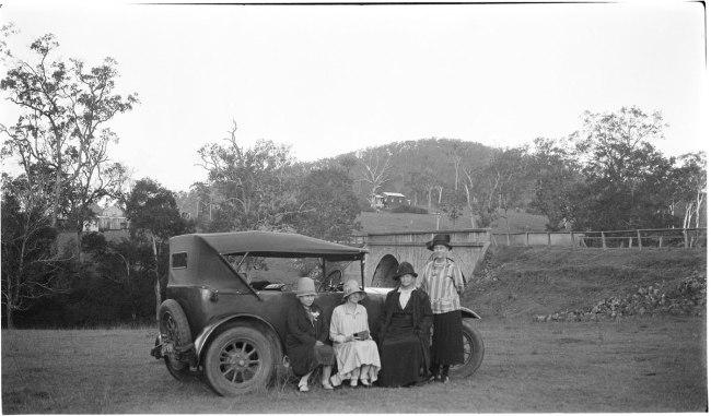 Alfred Elliott. 'Dorothy Elliott, Amy Lock, Mrs Lock and Elizabeth Ellen Elliott' Nd