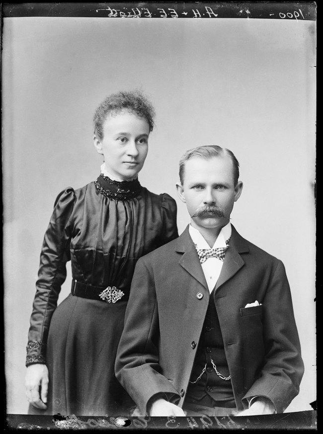 Alfred Elliott. 'Elizabeth Ellen Elliott and Alfred Elliott' 1899