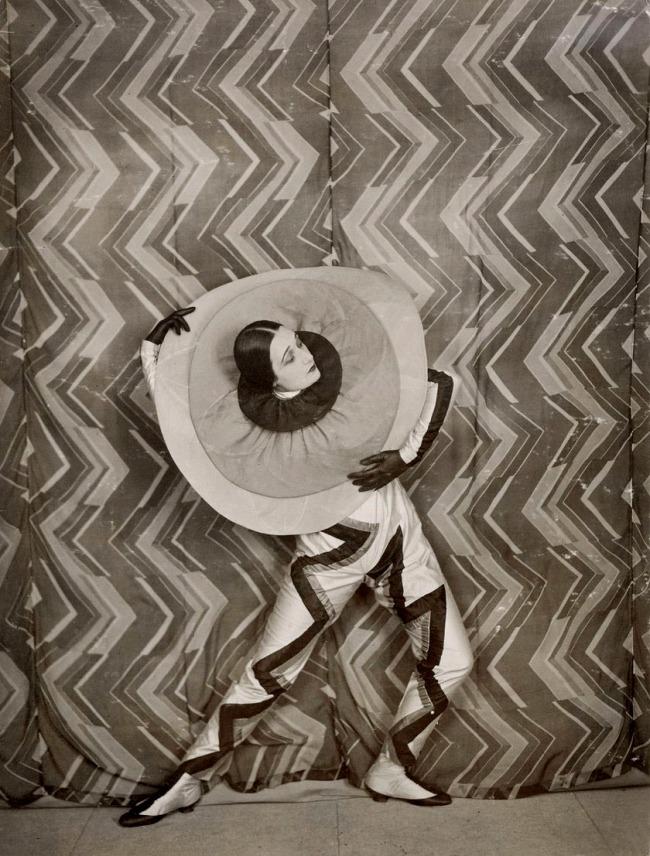 Unknown photographer. 'Lizica Codreanuwearing the Pierrot-Éclair costumedesigned by Sonia Delaunay, on the set of René Le Somptier's 1926 film 'Le P'tit Parigot'' 1926