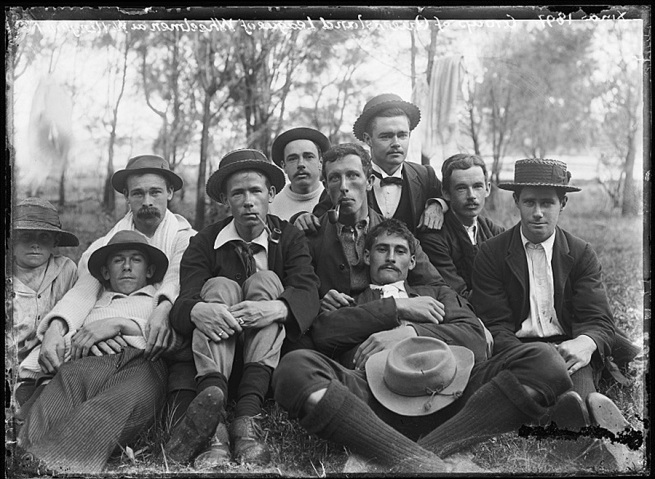 Alfred Elliott. 'Members of the QLD League of Wheelmen, Wellington Point' 1897