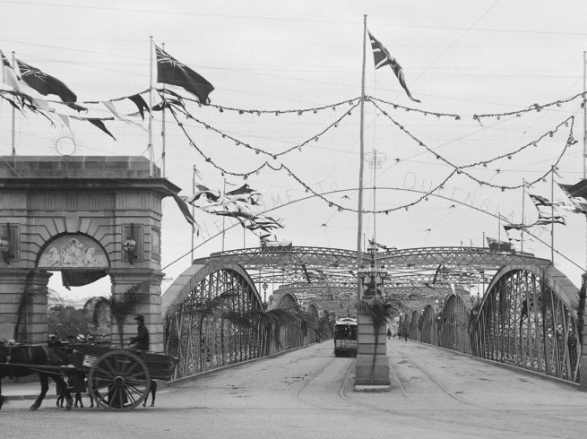 Alfred Elliott. 'Victoria Bridge, decorated for the Duke of York' 1901 (detail)