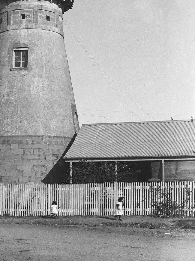 Alfred Elliott. 'Windmill, Wickham Terrace' 1895 (detail)