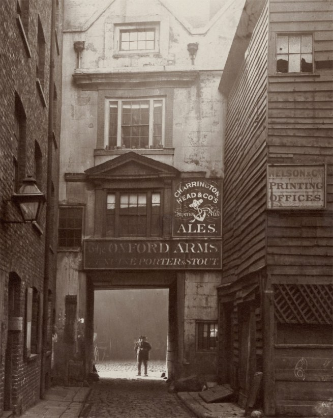 Henry Dixon. 'The Oxford Arms Coaching Inn' 1875