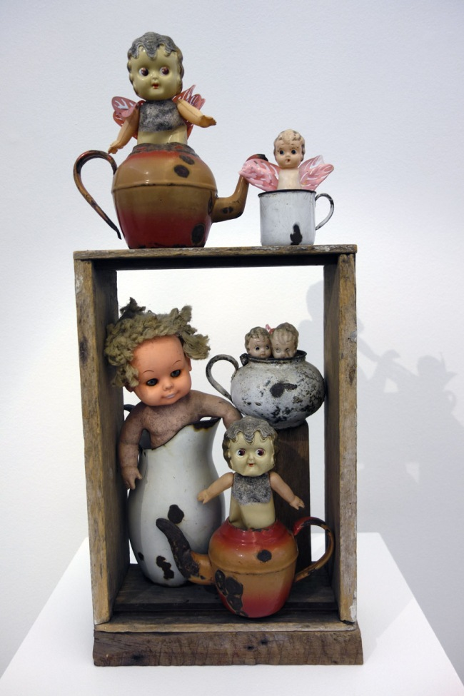 Rosalie Gascoigne (b. New Zealand 1917; arr. Australia 1943; d. Canberra 1999) 'The tea party' 1980