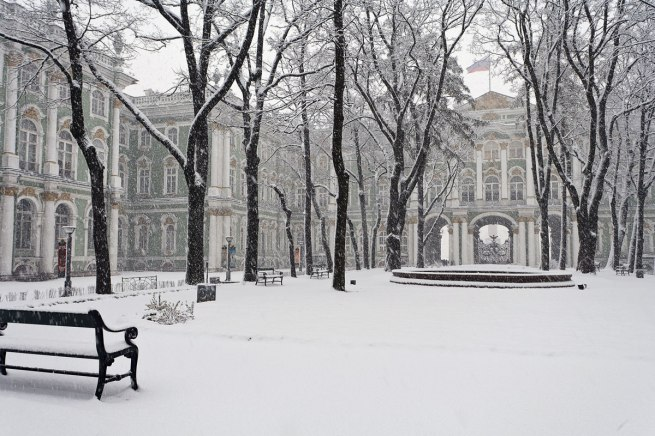 Hermitage Museum, the Winter Palace in Winter, St Petersburg Photo: Pavel Demidov