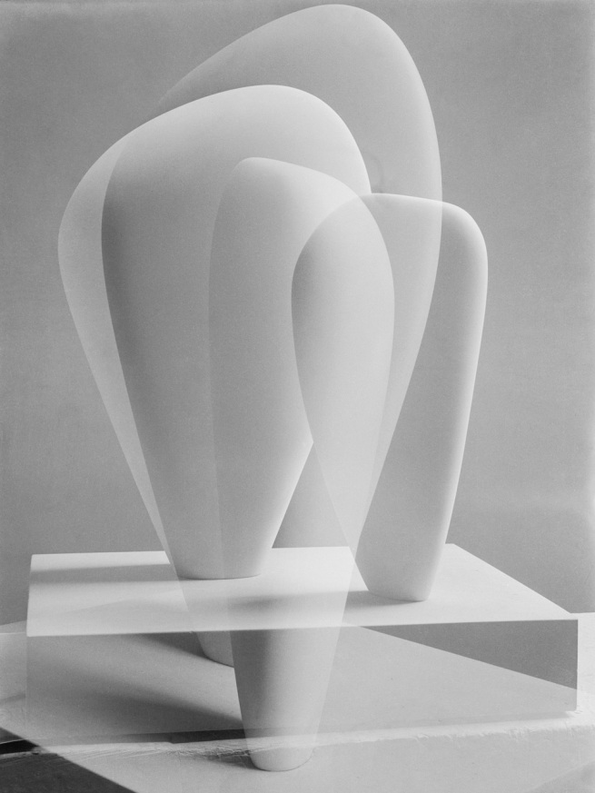 Barbara Hepworth. 'Double Exposure of Two Forms' 1937