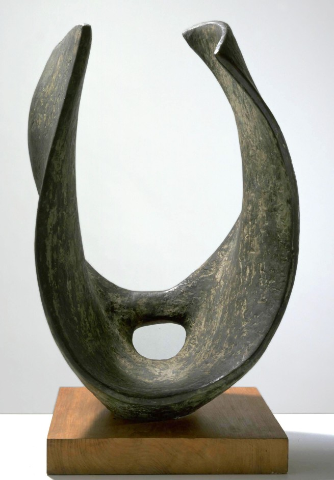Dame Barbara Hepworth. 'Curved Form (Trevalgan)' 1956