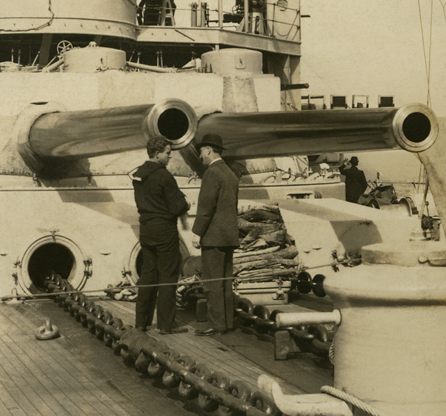 The Rose Stereographs. 'The two 12-inch guns, 'Ben' and 'Jim,' on the U.S. battleship Louisiana' 1908 (detail)