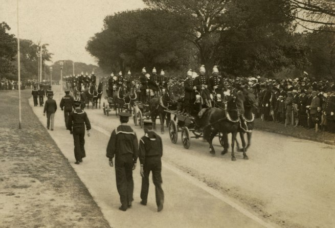 The Rose Stereographs. 'Procession of Metropolitan and Country Fire Brigades, Sydney' 1908 (detail)