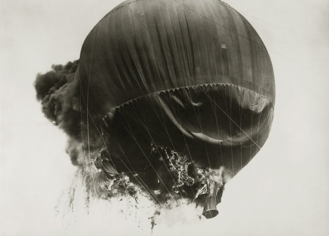 Anonymous. 'Professor Piccards Balloon' c. 1930
