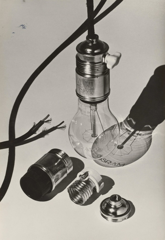 Hans Finsler Electric Bulb with Parts of the Socket (Elektrische Birne mit Teilen der Fassung), 1928