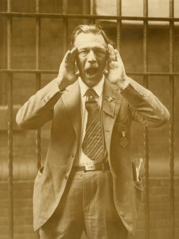 International Newsreel Photo. 'Governor of Alabama Arrested for Breaking Prohibition Laws' 24 november 1926