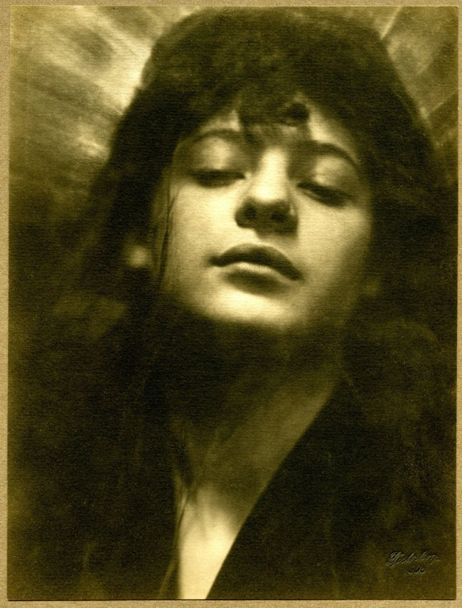 Rudolf Dührkoop. 'Head with Halo' 1908