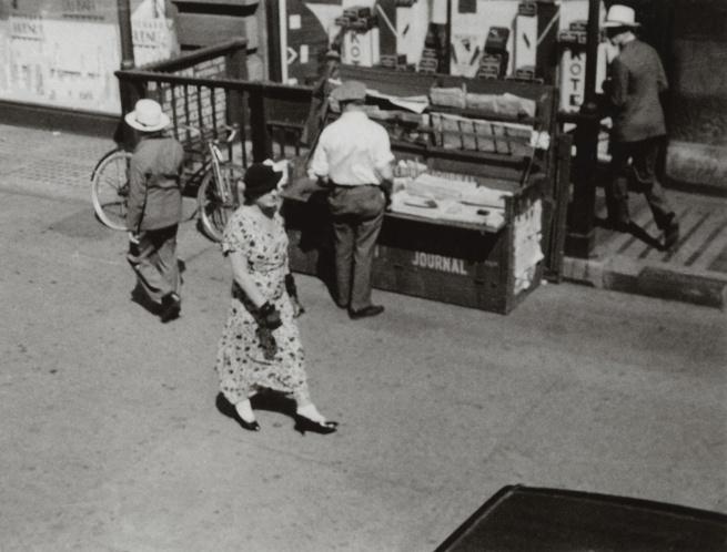 George Grosz. 'Eingang zur Subway Station 5th Avenue am Flat Iron Building / Entrance of the Subway Station at 5th Avenue and the Flat Iron Building' New York, 1932