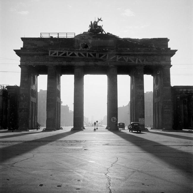 Werner Bischof (1916 - 1954) 'Brandenburg Gate' Berlin 1946