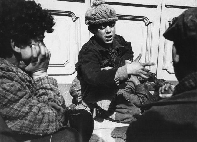 Werner Bischof (1916 - 1954) 'Enfants des rues (Street children)' Naples, Italy 1946